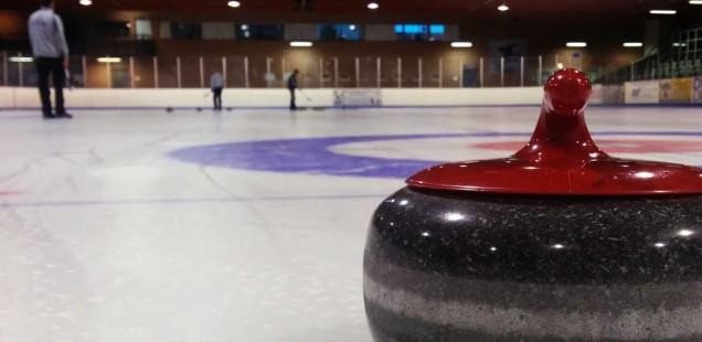 Gratis Curling Skole 2016