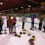 Curling firma-event i april